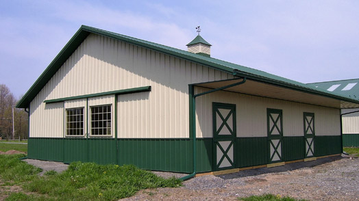 insulated equestrian buildings